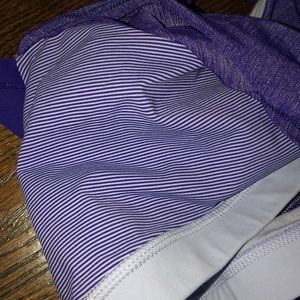 lululemon athletica Tops - Lululemon size 4 tank top with sports bra built in